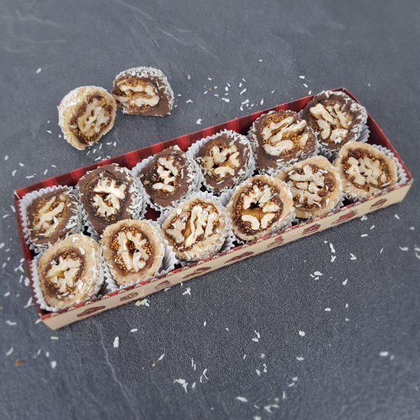 Восточный набор с инжиром, шоколадом и грецким орехом