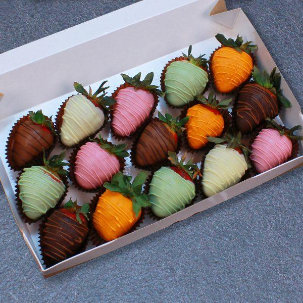 Клубника в шоколаде из 6 вкусов, 15 ягод