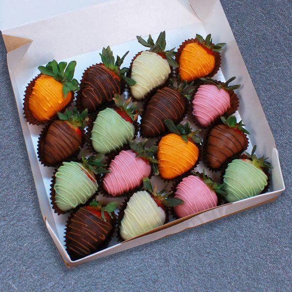 Клубника в шоколаде из 6 вкусов, 16 ягод