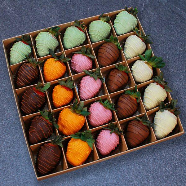 Клубника в шоколаде из 6 вкусов, 25 ягод