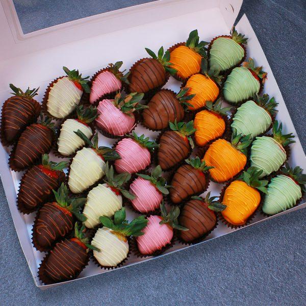 Клубника в шоколаде из 6 вкусов, 30 ягод
