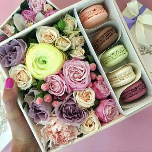 Макарони с цветами